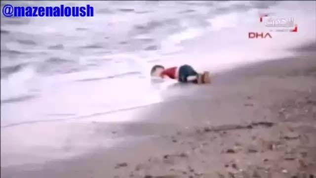 غرق شدن کودک ومادر آواره سوری درمسیرمهاجرت به اروپا+۱۸