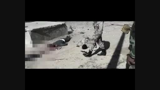 داعش دو مصری را اعدام کرد (زیر 18 نبینند لطفا)