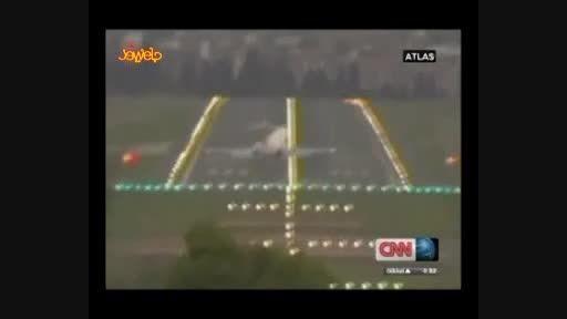 تصاویر بسیار جالب فرود و پرواز هواپیما در باد