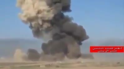 ذوب شدن خودروی زرهی داعش توسط موشک اهدایی ایران