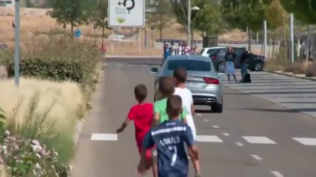 کواچیچ در راه اولین تمرین در رئال مادرید