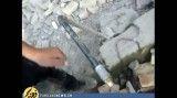 لحظه بیرون کشیدن کودک سه ساله از زیر آوار