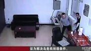 فرار زندانیان با پوشیدن لباس پلیس در چین