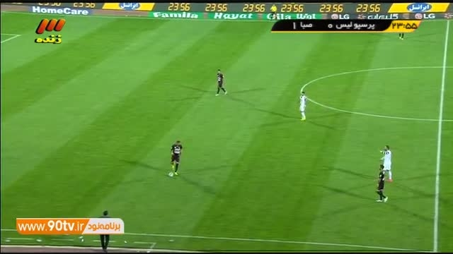 تشویق بی امان نوروزی در دقیقه ۲۴ بازی پرسپولیس-صبا