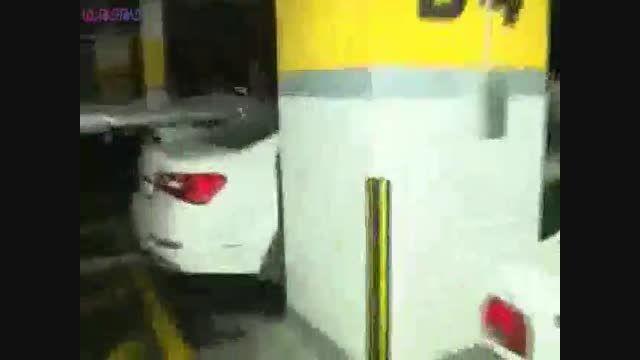 سقوط لوله فاضلاب هایپر مارکت اصفهان+فروشگاه+فیلم+کلیپ