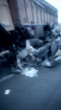 تصادف خودرو سمند با کامیون در محور بردسکن به سبزوار