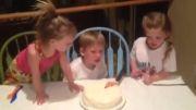 گریه پسر بخاطر خواهر دار شدن