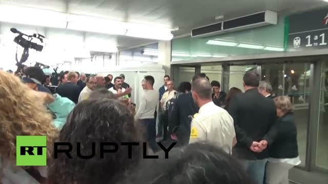 پناهجویی که لگد خورد به باشگاه رئال مادرید رفت