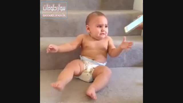 نوزادی که حرف می زند!