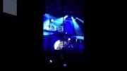 وقتی جاستین بیبر وسط کنسرت کتک می خورد!