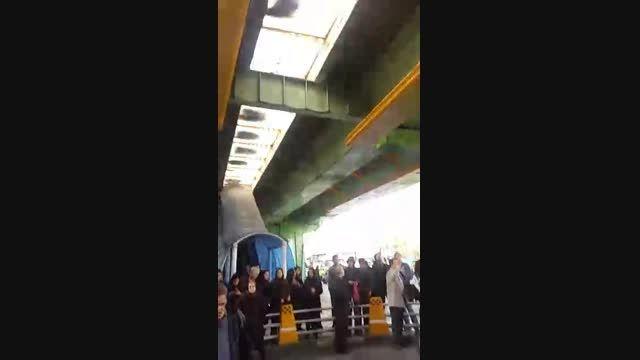 سقوط پسر جوان از بالای پل در تهران