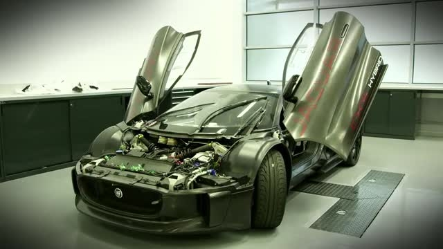 خودروهایی به ارزش ۳۷ میلیون دلار در فیلم جیمز باند