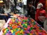 جوجه های رنگی در بازار