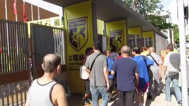 مسابقات فوتبال دستی  قبل از بازی فوتبال باشگاهی