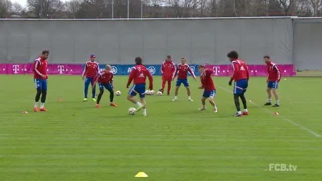 تمرینات rondo بازیکنان بایرن مونیخ در تمرینات