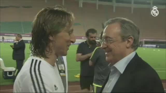 دیدار پرز (رئیس باشگاه رئال مادرید) و بازیکنان رئال