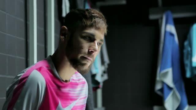 ویدیو کوتاه و جالب از نیمار با کفش های جدیدش