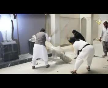 داعش آثار چند هزار ساله موصل را ویران کرد