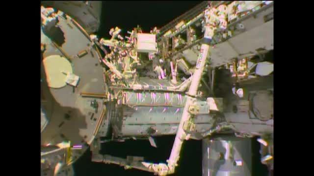 فضانوردان ناسا انجام راهپیمایی فضایی در ایستگاه فضایی