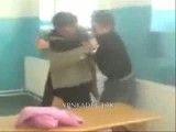 درگیری معلم با دانش آموز