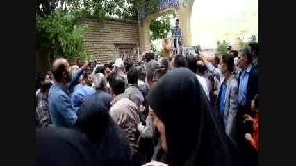 استقبال مردم شهر کیان از دکتر احمدی نژاد