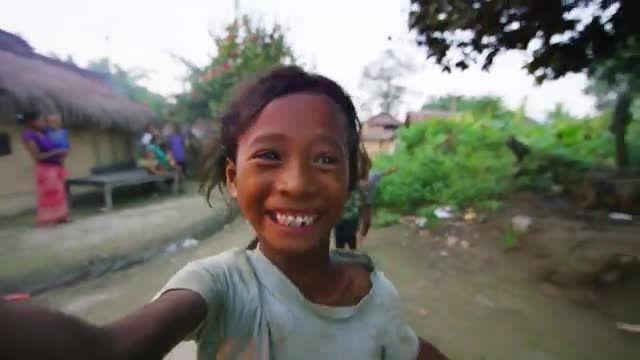 اولین برخورد نپالی ها با سلفی