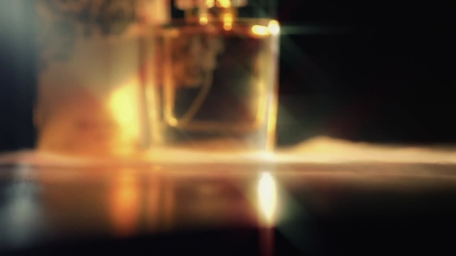 ادکلن زنانه لاواستیبل - شاهکاری از برند اکسید