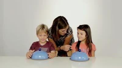 شریک شدن بچه ها در خوراکی