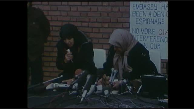 گروگانگیری در سفارت آمریکا در تهران و مواضع دانشجویان
