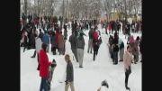 حمله با گلوله های برفی، شادی یک روز سرد زمستانی
