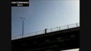 +18 ایران.خودکشی فجیع مرد دیوانه!!