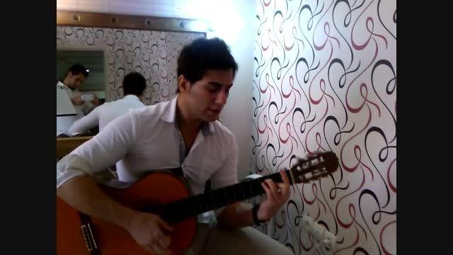 گیتار زدن فرید ولی زاده  غافلگیری در اتاق گریم پشت صحنه