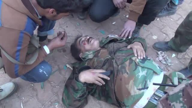 اسارت مسول عملیات لشکر 82 ارتش سوریه توسط تروریست ها