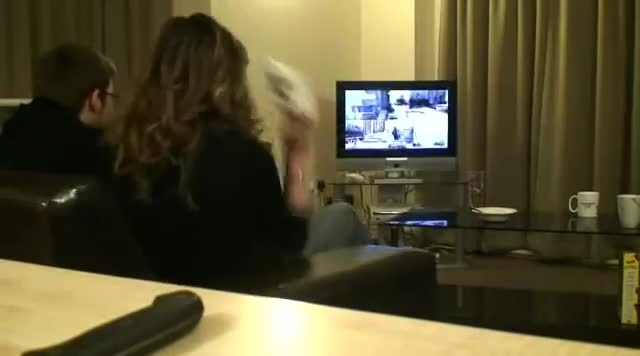 زمانی که با دوست(دختر)تون بازی ویدیویی می کنید