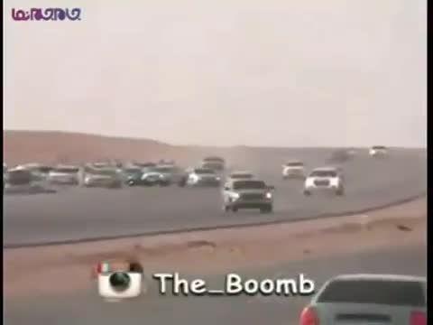 پرت شدن راننده از اتومبیل