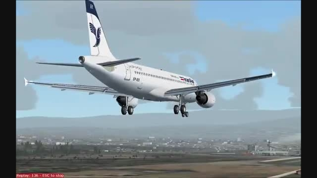 فرود ایرباس A320 ایران ایر در فرودگاه ایروان شبیه ساز