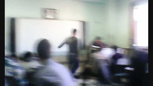 و امرزو کلاس درس ما..چی کلاس درس؟؟؟خخخ نبینی از دس رفته