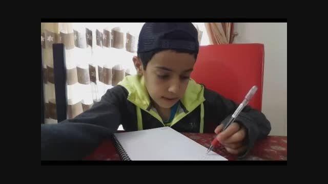 تفاوت درس خواندن یک فرد خارجی با یک فرد ایرانی (طنز)