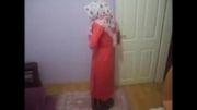 نماز خواندنی دختر