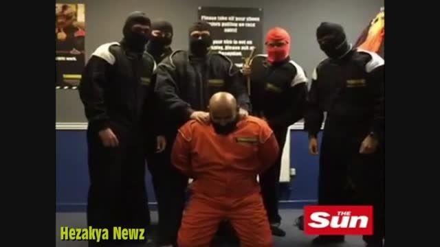 اخراج کارمندان بانک به دلیل شبیه سازی اعدام داعش