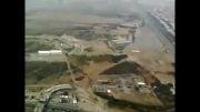 خود کشی از بالای برج میلاد.