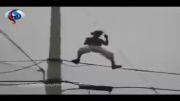 ماجراجویی مرگبار روی کابل برق فشارقوی