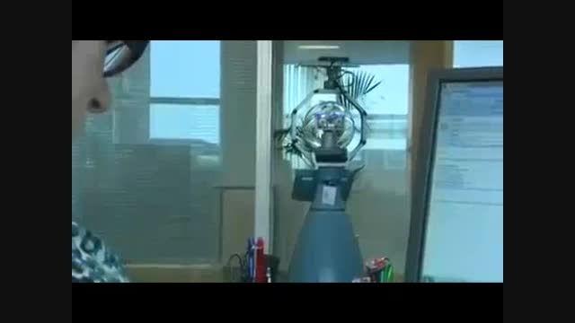 روباتی که حرکات اضافی و مشکوک را شناسایی می کند