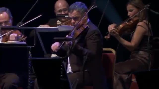 اجرای دو قطعه احساسی و غمناک از Ludovico Einaudi