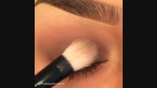 آموزش آرایش ساده چشم