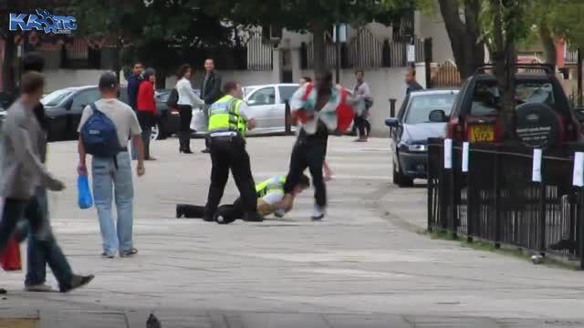 نحوه دستگیری یک مجرم به دست پلیس دوزاری برینانیا