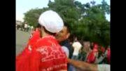 ورود حاج آقا به ورزشگاه آزادی با لباس روحانیت - حاجی پرسپولیسی