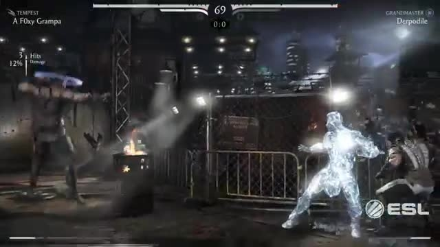 MKX Fight - KungLao vs SubZero