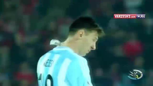 حتی جایزه بهترین بازیکن هم مسی را راضی نکرد !