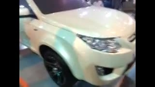 ماکتی از خودرو جدید خودرو سازی سایپا